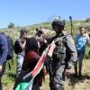 IDF verhaftet eine weitere Palästinenserin wegen Angriff auf Soldaten