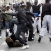 Gesetz um illegale Migranten auszuweisen die Verbrechen begehen