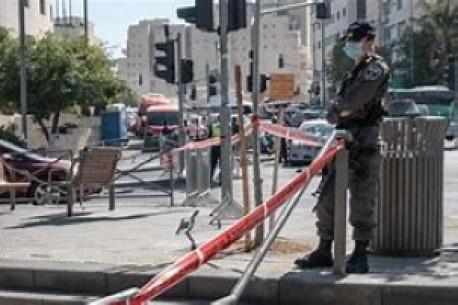 Israel beginnt mit der Aufhebung der Sperren da die COVID-geimpfte Bevölkerung sich 50% nähert