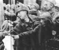Wider das Vergessen: Das Regime der Nationalsozialisten und die Konzentrationslager; – Leben mit dem Tod im Lager 4. Teil